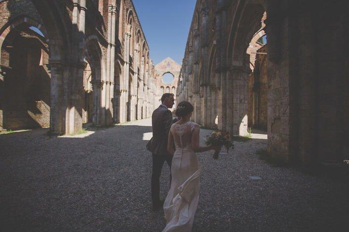 A wedding day at San Galgano Abbey