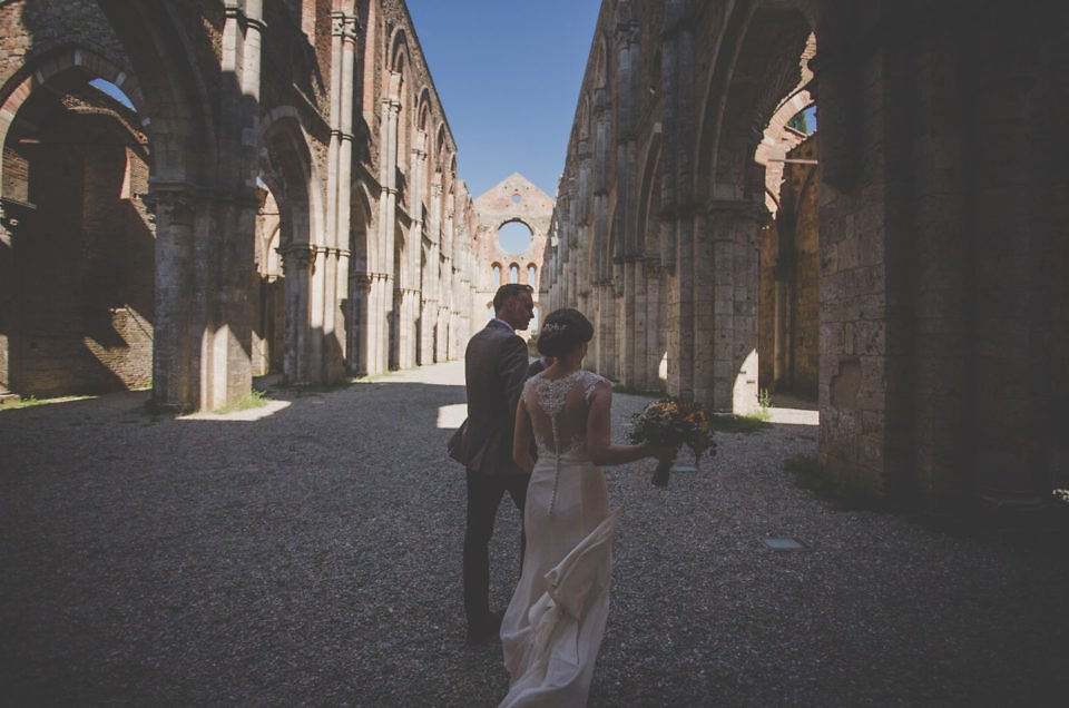 A wedding day at San Galgano Abbey