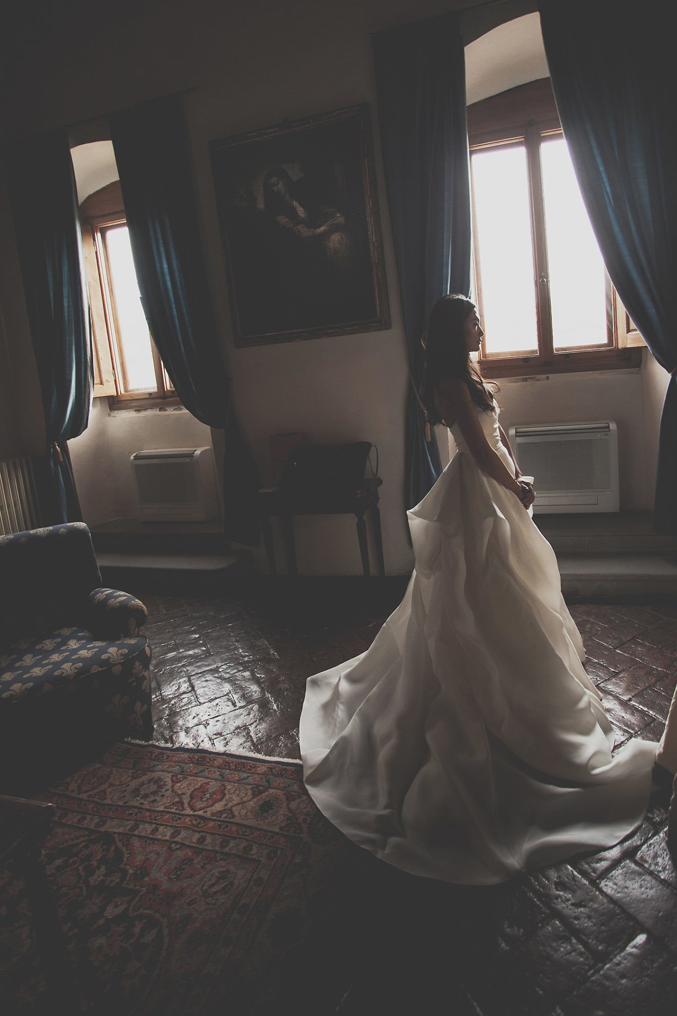 bride-getting-ready-rooms-villa-vignamaggio-Tuscany