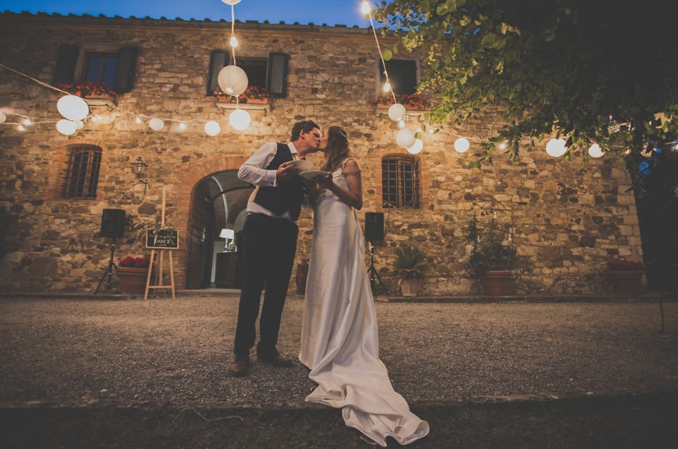 Country wedding at Fattoria Le Filigare in Tuscany