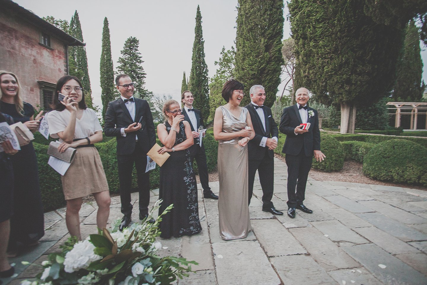wedding-guests-persian-chinese-wedding-day-Vignamaggio-Tuscany