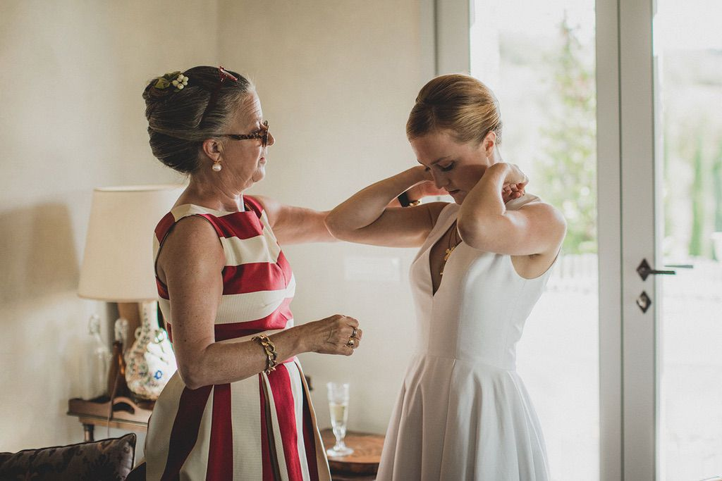 Family-Intimate-Wedding-Florence-bride-mother-14