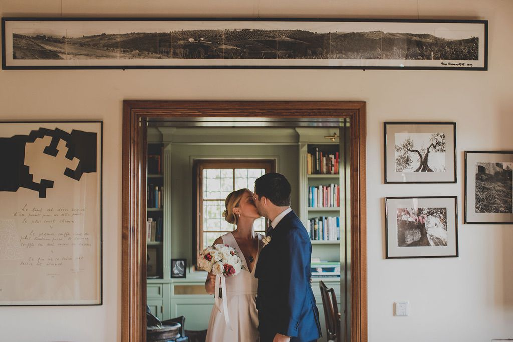 Intimate-Wedding-Florence-first-look-024