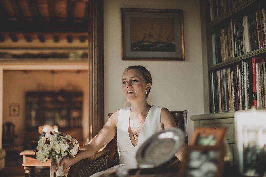 Intimate-Wedding-Florence-bride-027