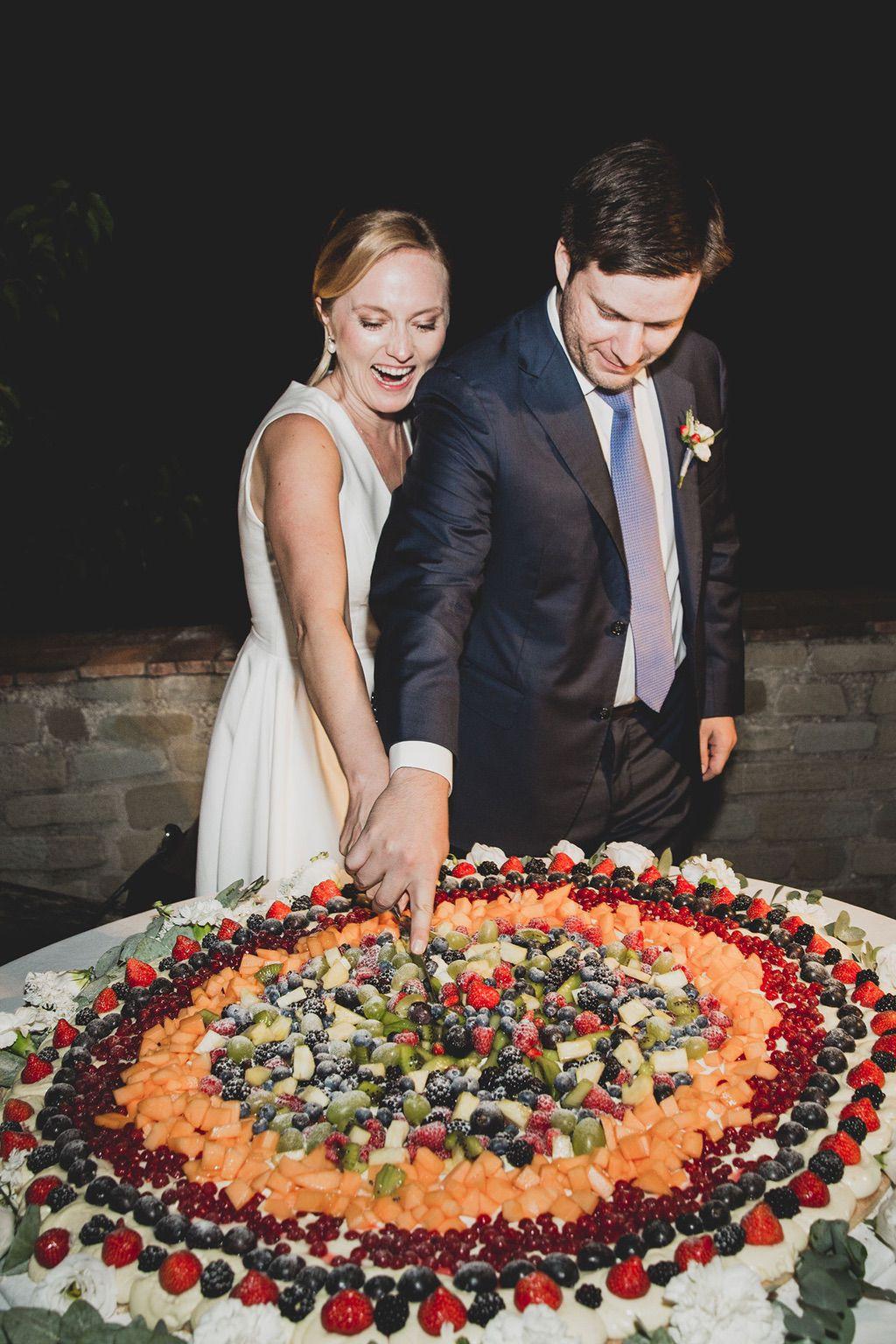 Intimate-Wedding-Florence-fruit-cake-guido-guidi-050