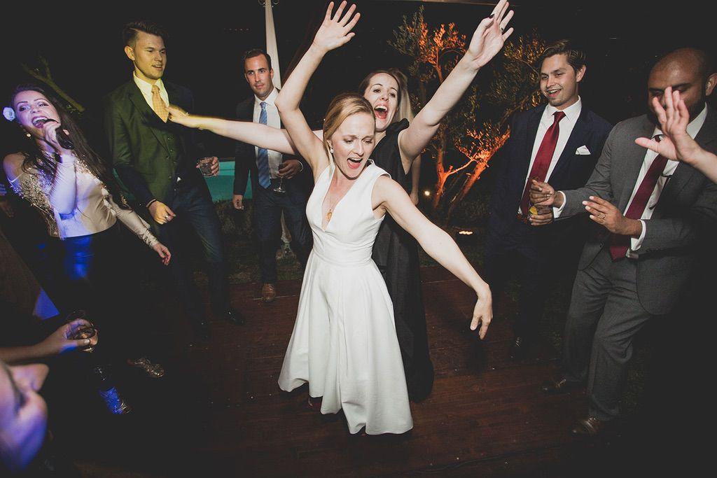 Intimate-Wedding-Florence-dancing-time-Jam-hot-057