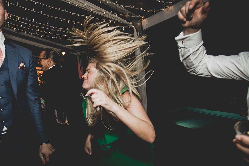 Intimate-Wedding-Florence-dancing-time-061