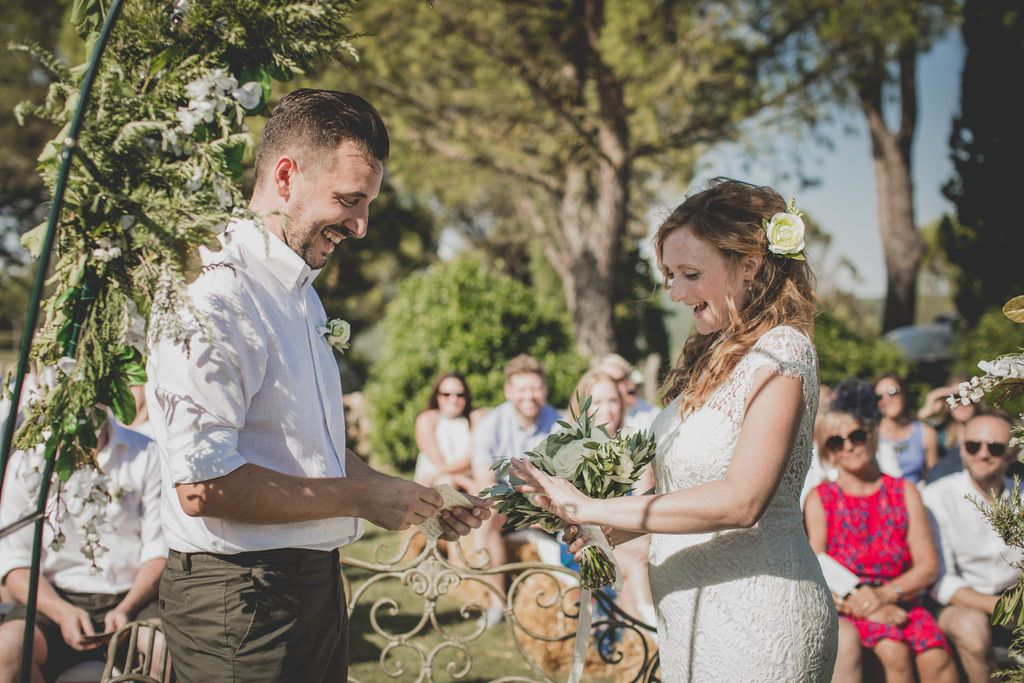 ring-exchange-outdoor-blessing-wedding-ceremony-tuscany