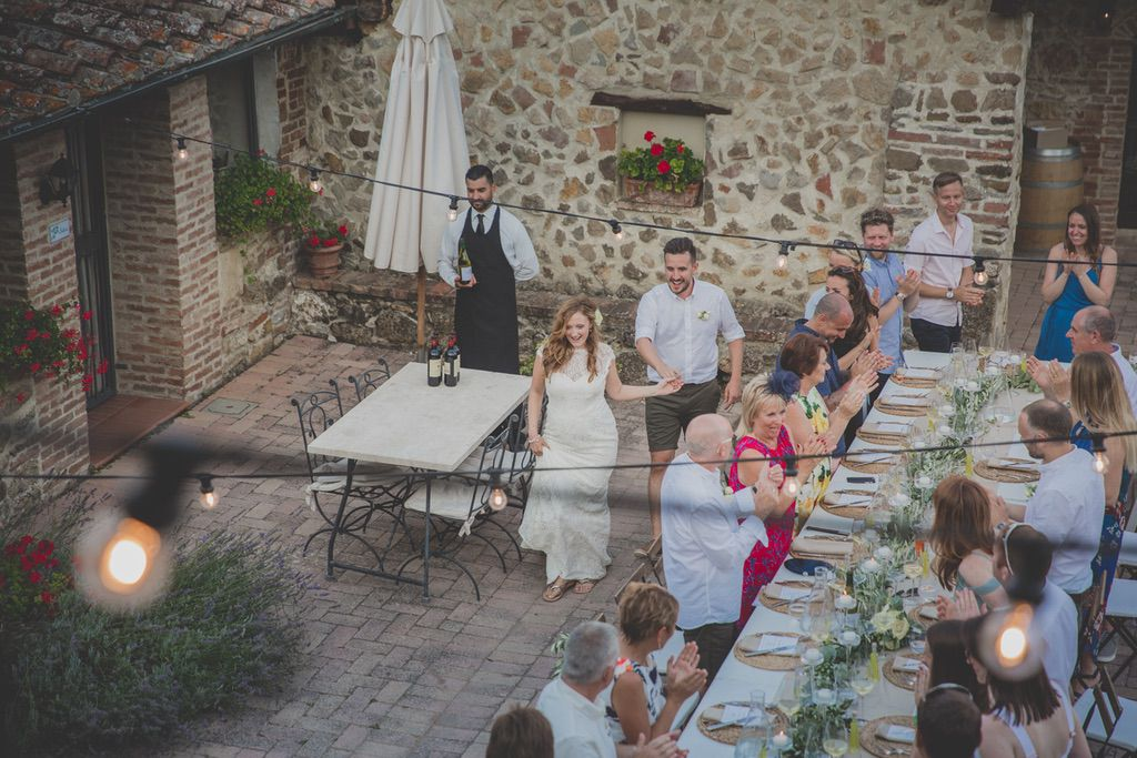 wedding-reception-bride-groom-entrance-tenuta-di-Papena