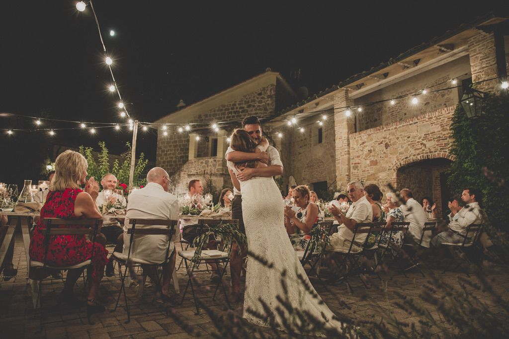 Bride-speech-wedding-table-dinner-Tuscany