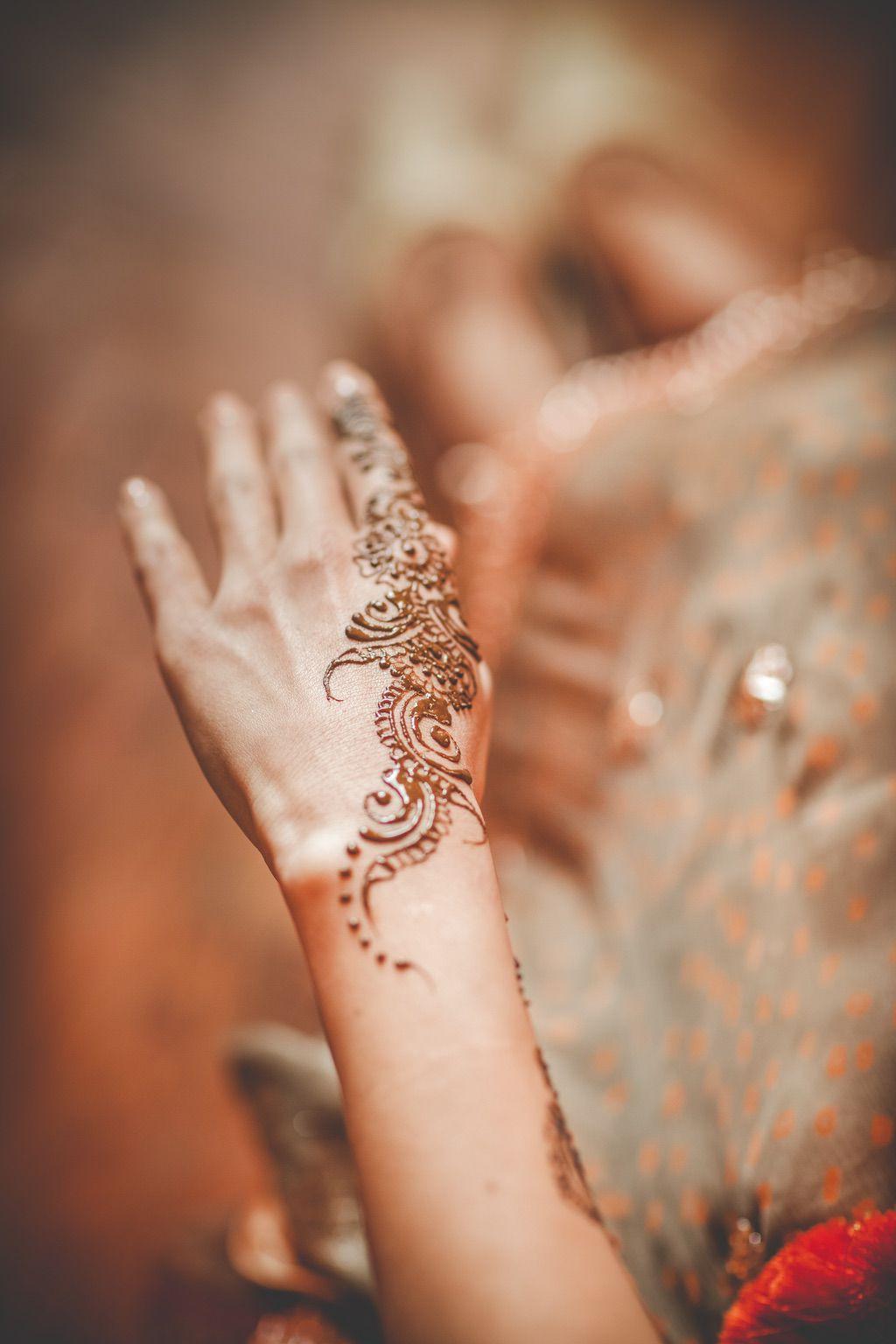 henna-hand-painting-pakistani-wedding-002