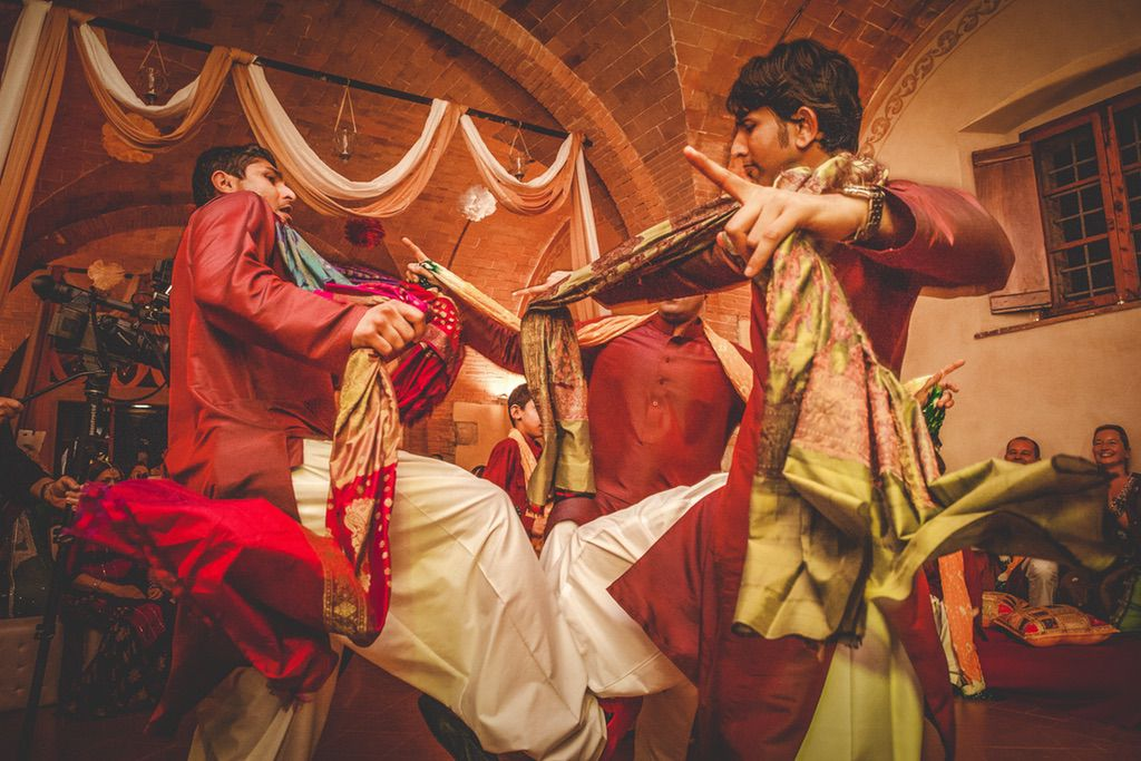 dancing-Nikka-ceremony-Pakistani-wedding-villa-catignano