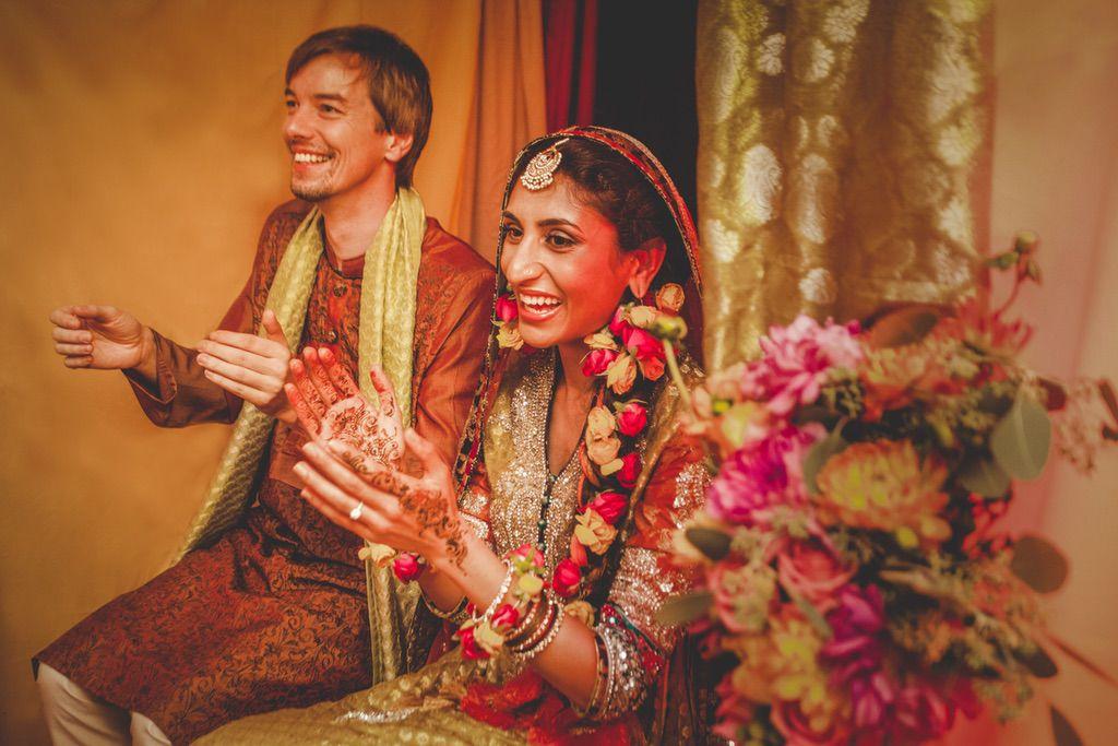 traditional-dancing-ceremony-Pakistani-wedding-villa-catignano-023