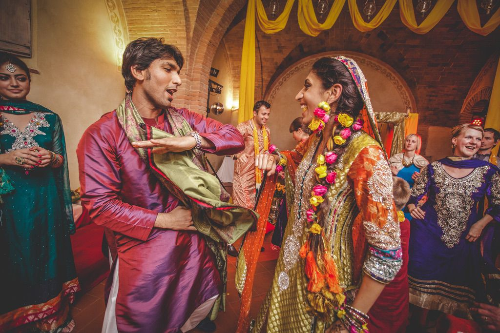 brother-bride-dancing-Nikka-ceremony-Pakistani-wedding-villa-catignano