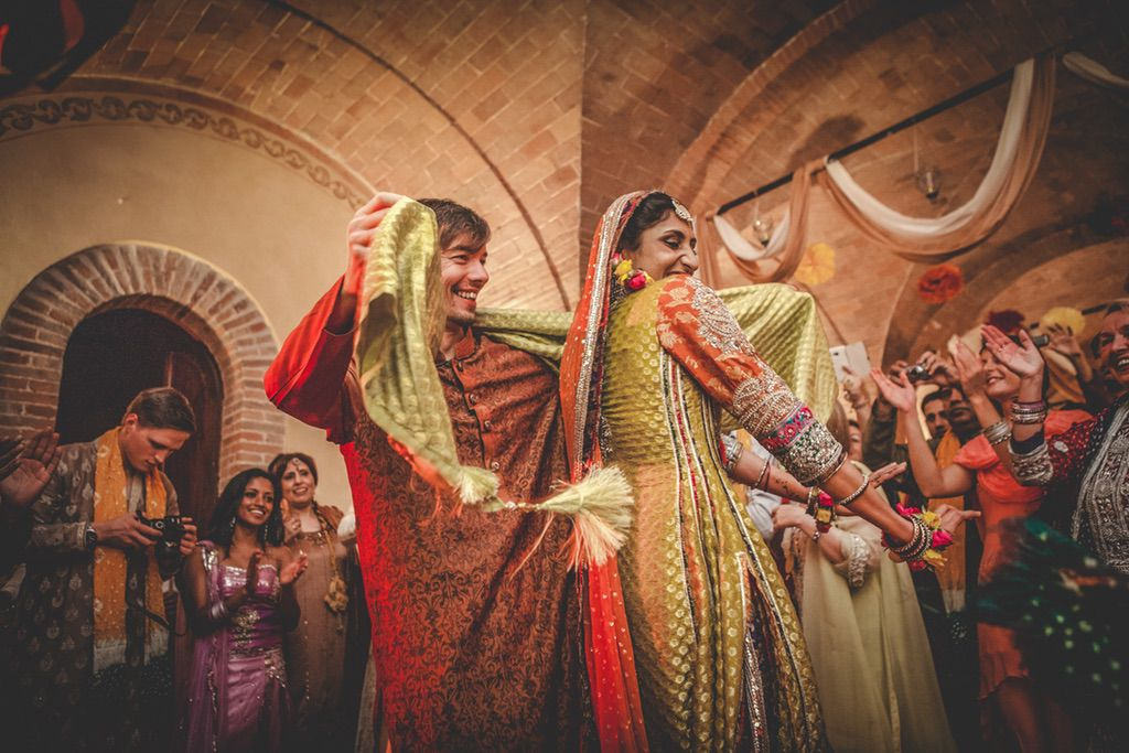 dancing-Nikka-ceremony-Pakistani-wedding-tuscany