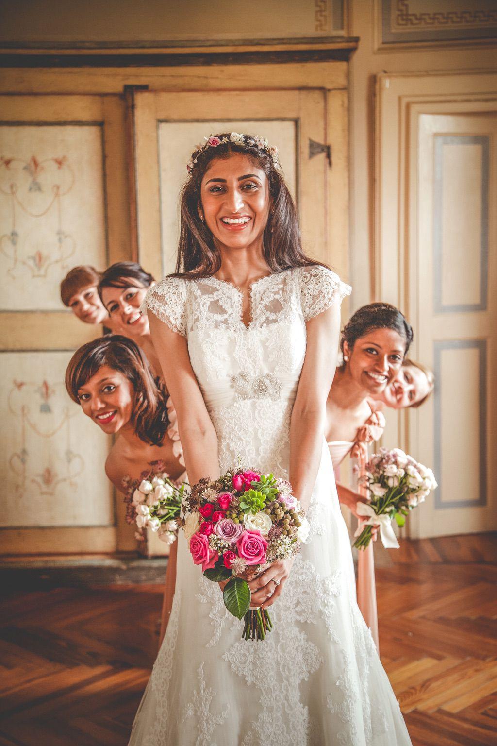 bride-bridesmaids-fusion-Pakistani-wedding-villa-catignano-Tuscany