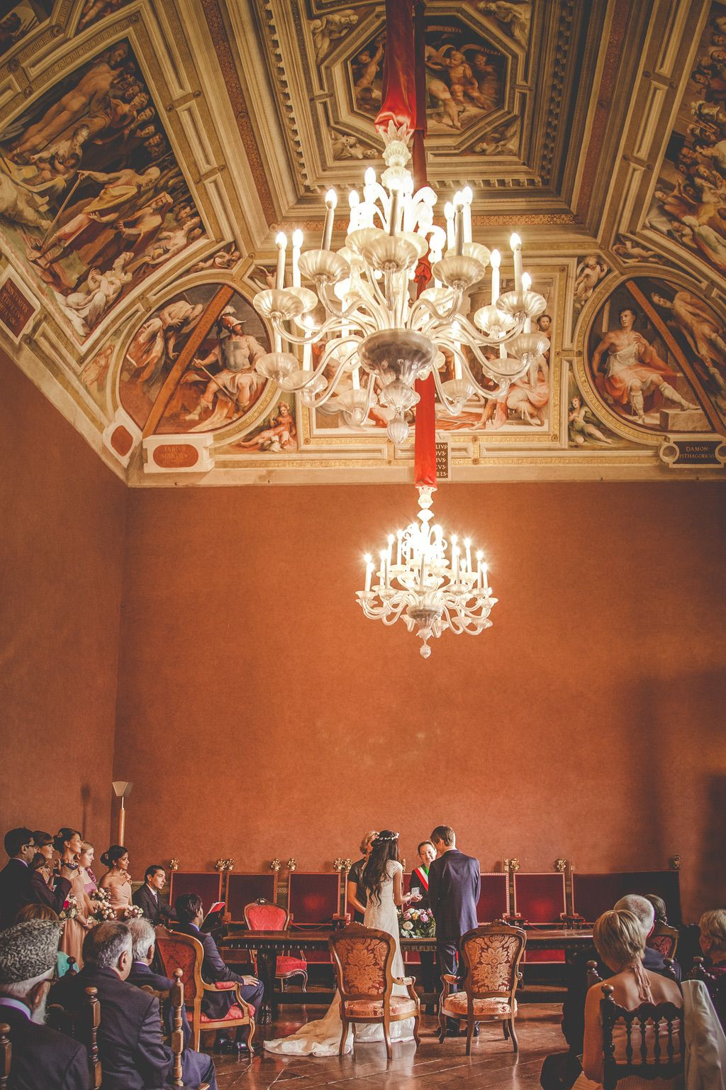 civil-wedding-ceremony-siena-town-hall-Pakistani