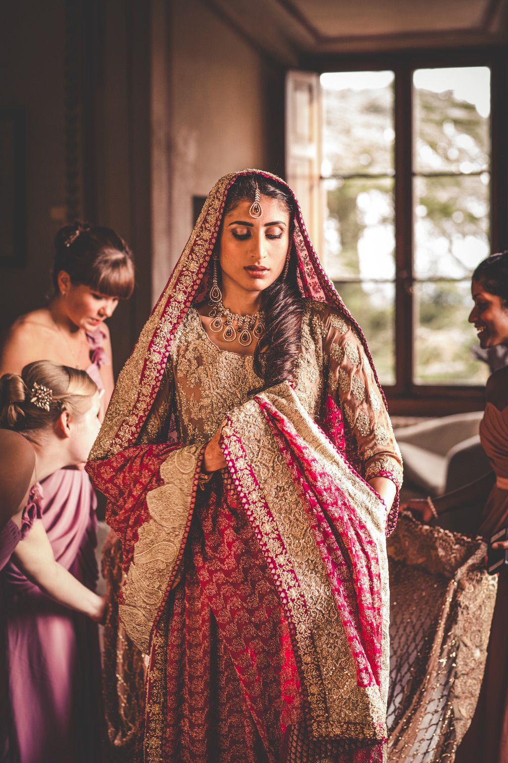 Sana-Safinaz-traditional-pakistani-dress-bride-villa-catignano-tuscany