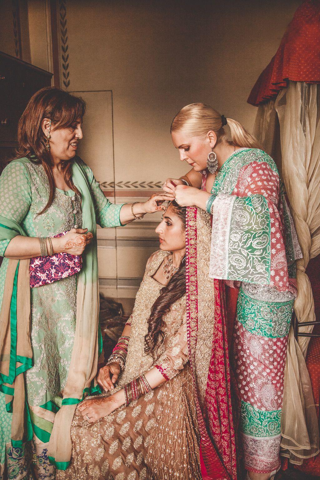 Sana-Safinaz-traditional-pakistani-dress-bride-villa-catignano-tuscany-068