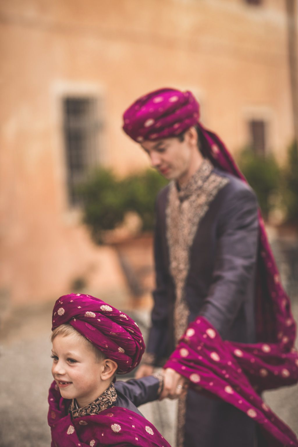 Sana-Safinaz-traditional-pakistani-dress-groom-villa-catignano-tuscany
