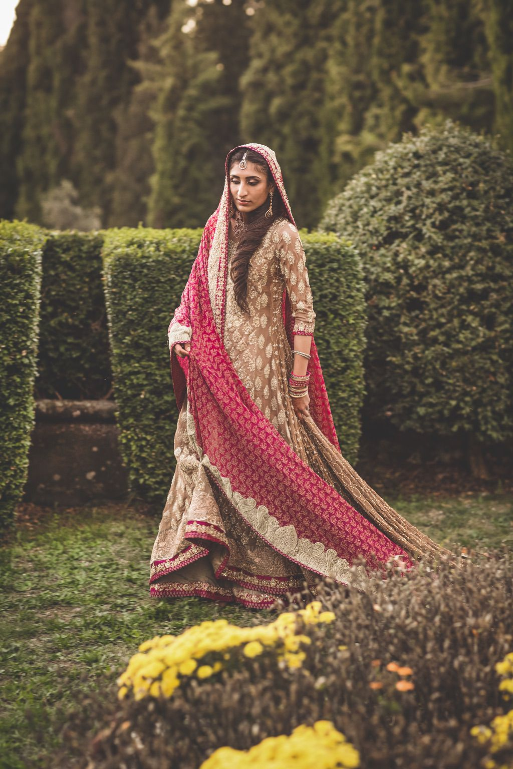 Sana-Safinaz-Pakistani-wedding-dress-bride-villa-catignano-tuscany-082
