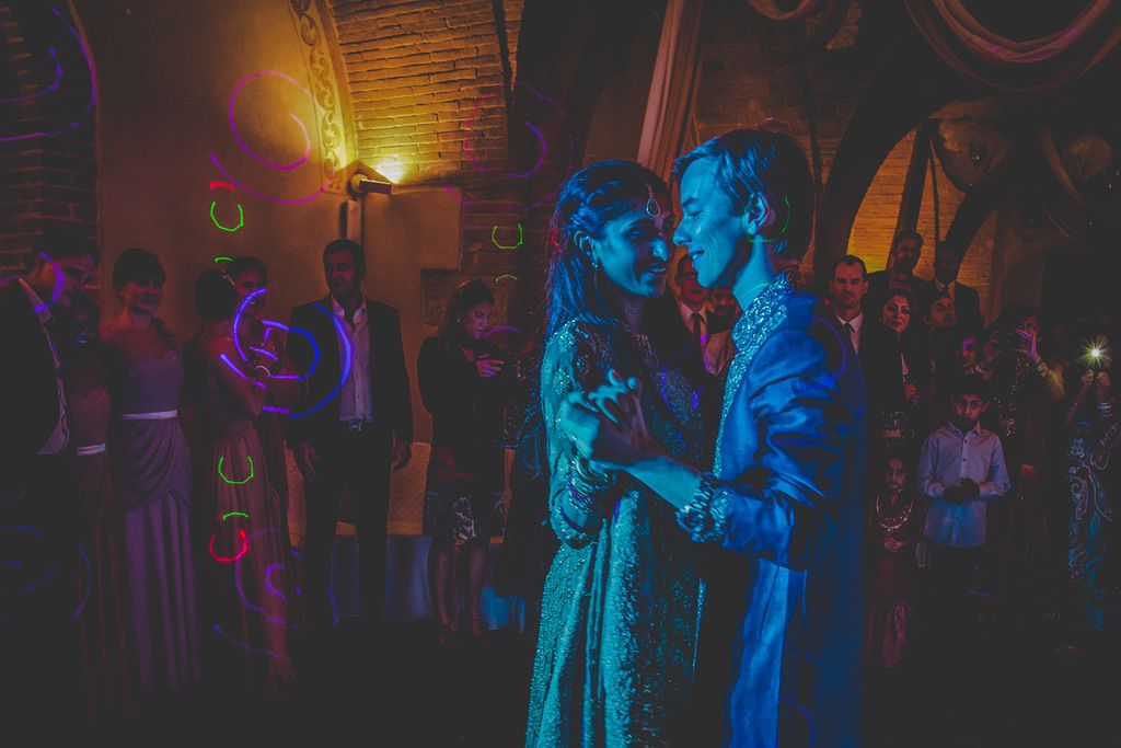 first-dance-fusion-Pakistani-wedding-villa-catignano-089
