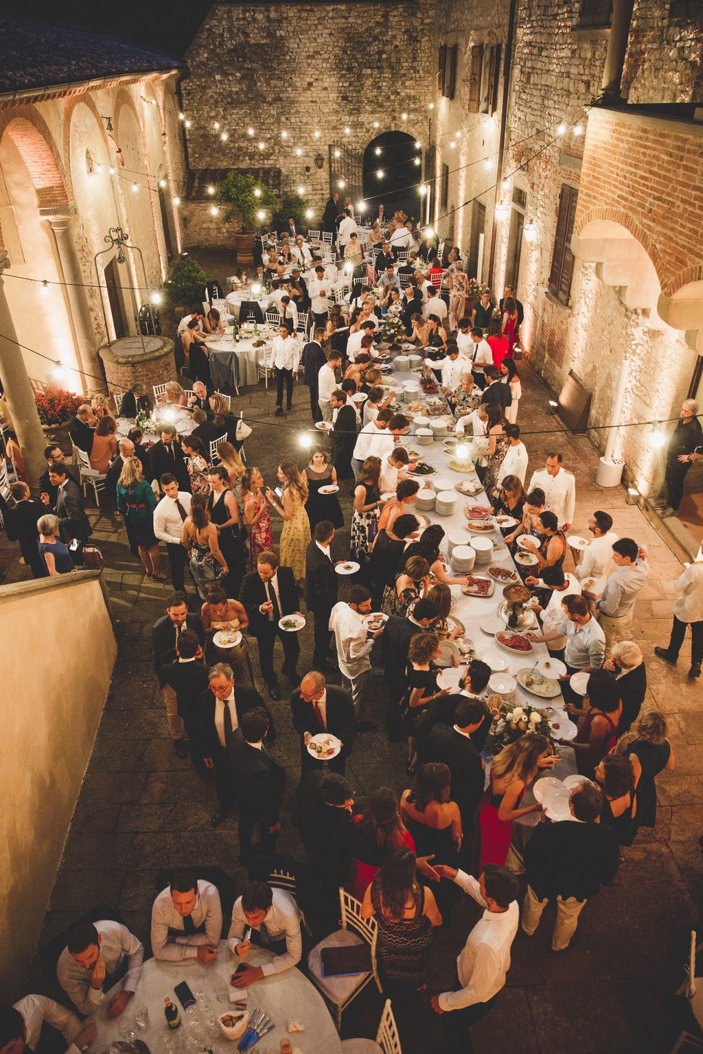 wedding-buffet-private-villa-Tuscany