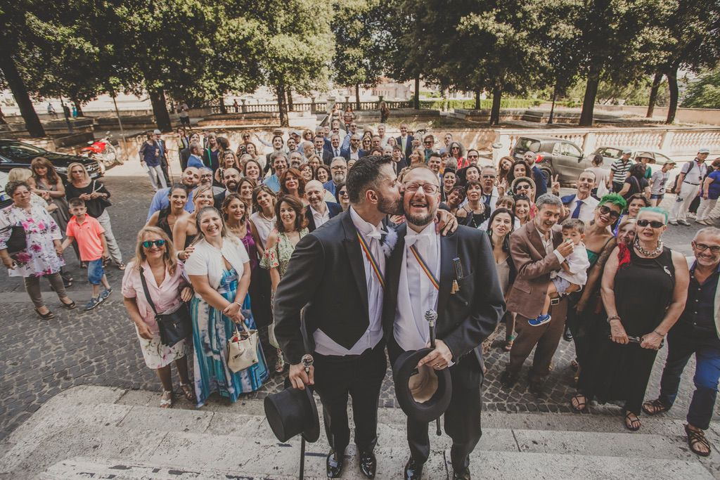group-picture-same-sex-wedding-Rome