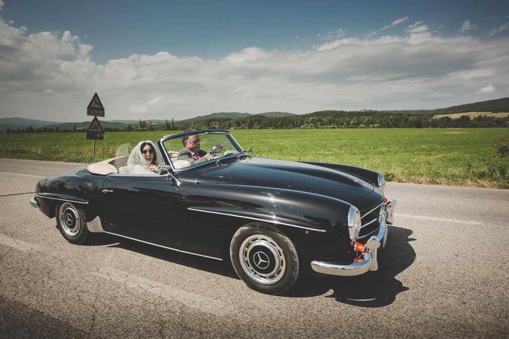 mercedes-convertible-wedding-car-tuscany