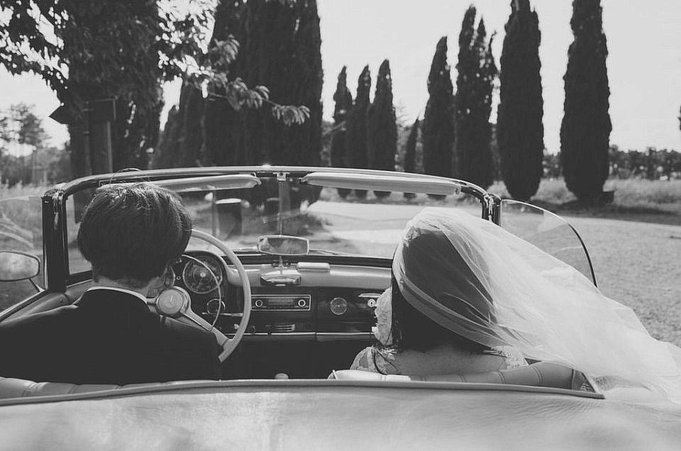 Wedding photographer in San Galgano, Tuscany.