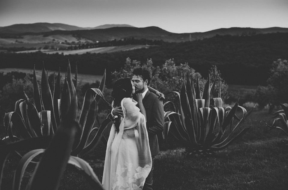Closer- An Emotional wedding in Tuscany