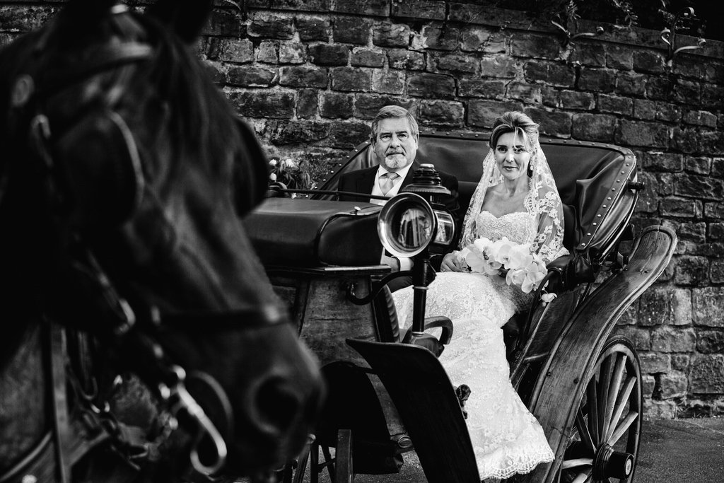 Horse-wedding-carriage-Luxury-wedding-Florence