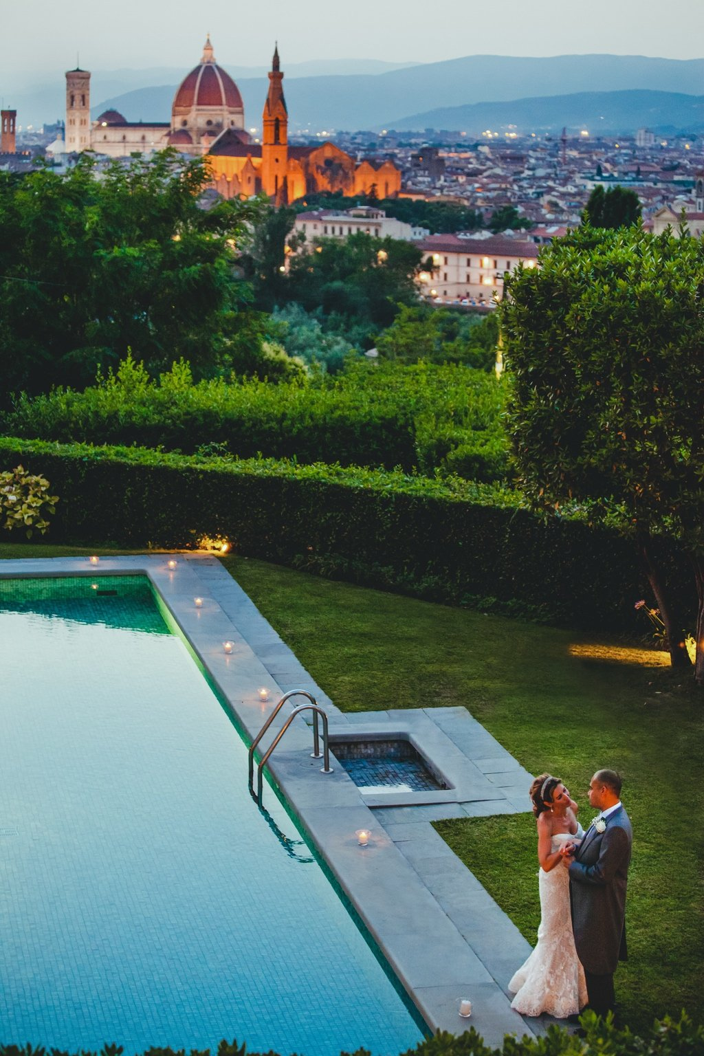 bride-groom-luxury-destination-wedding-Florence