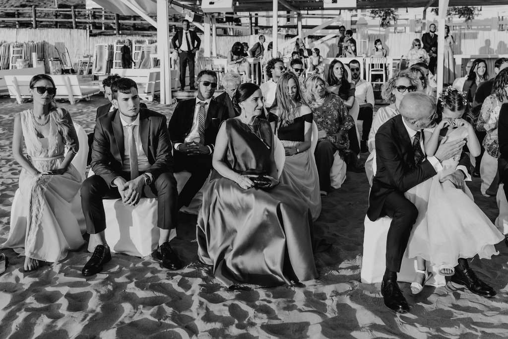 guests-wedding-outdoor-seaside-civil-ceremony-sabaudia-