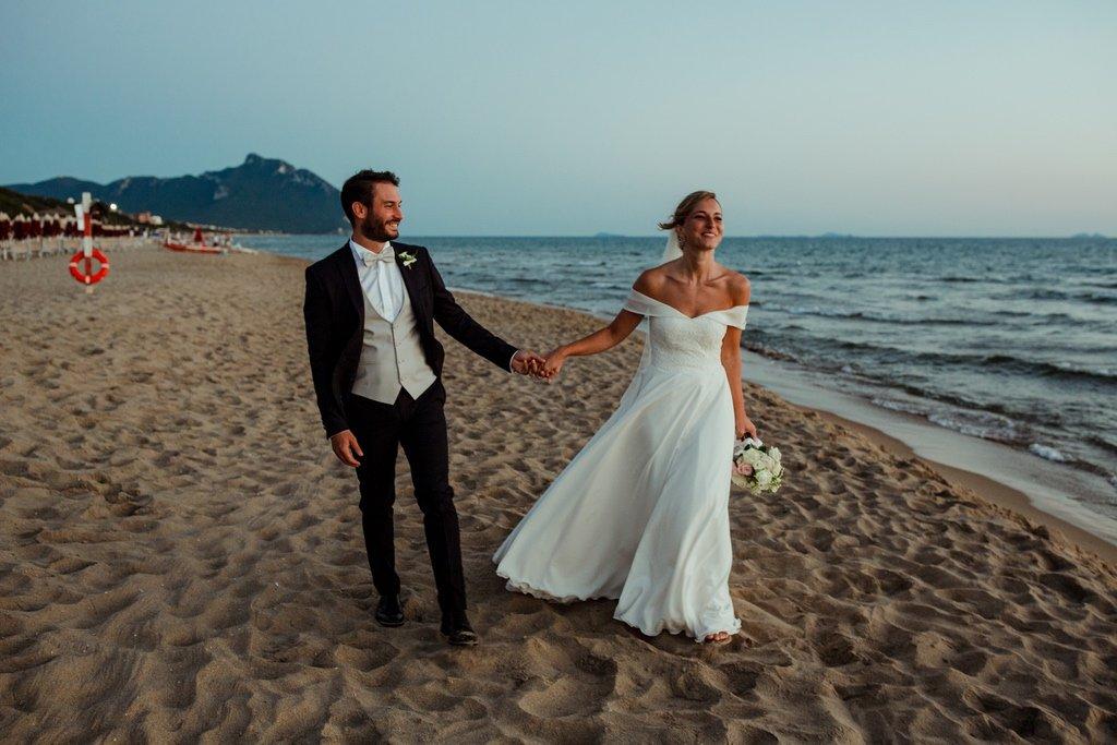 Bride-groom-just-married-beach-wedding-