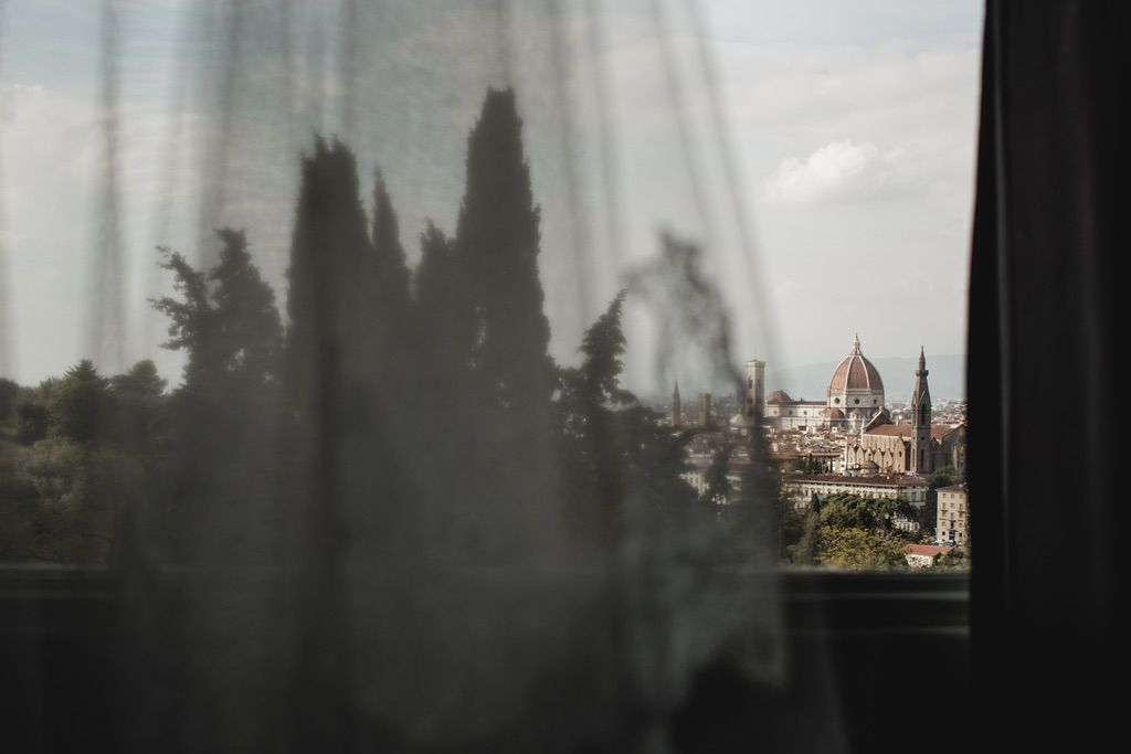 bridal wedding veil Duomo Firenze best viewpoint Italy