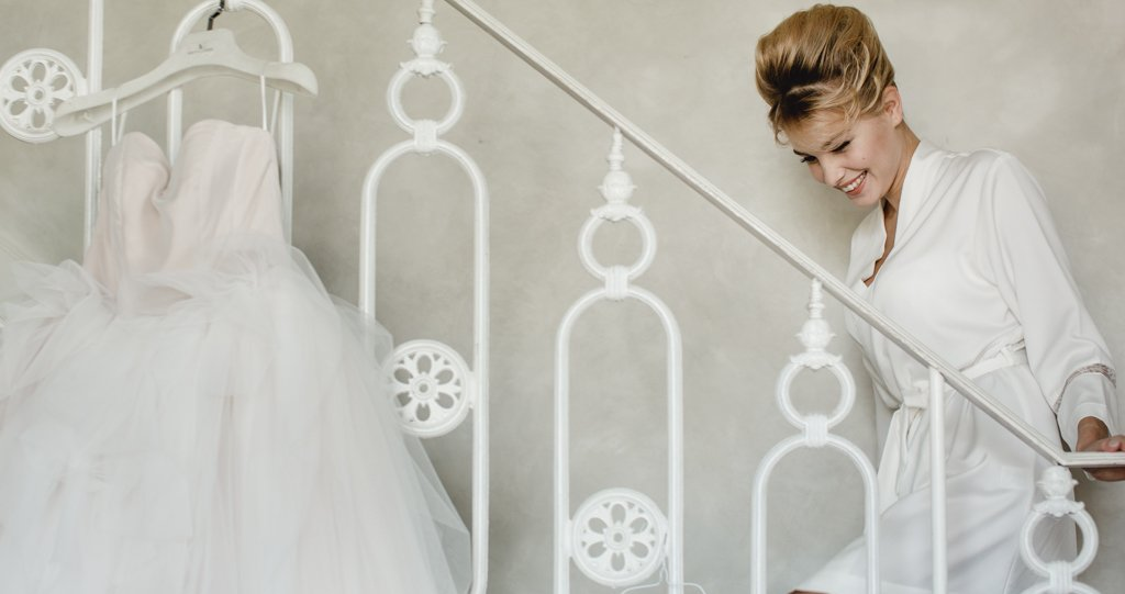 Bride getting ready villa vedetta Luxury hotel Firenze