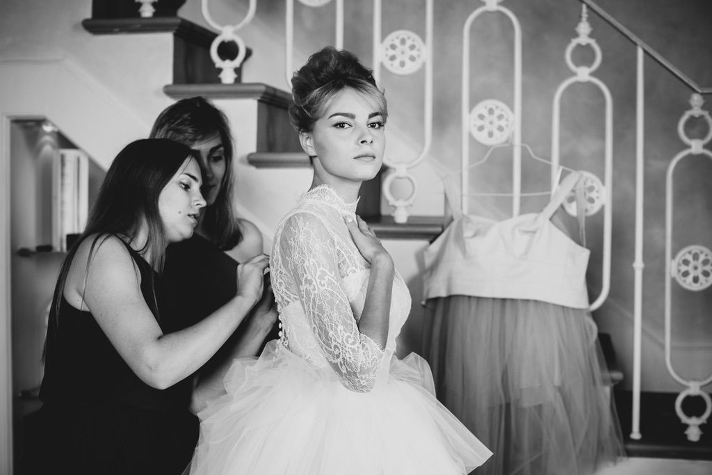 Bride and bridesmaids real wedding day in Florence