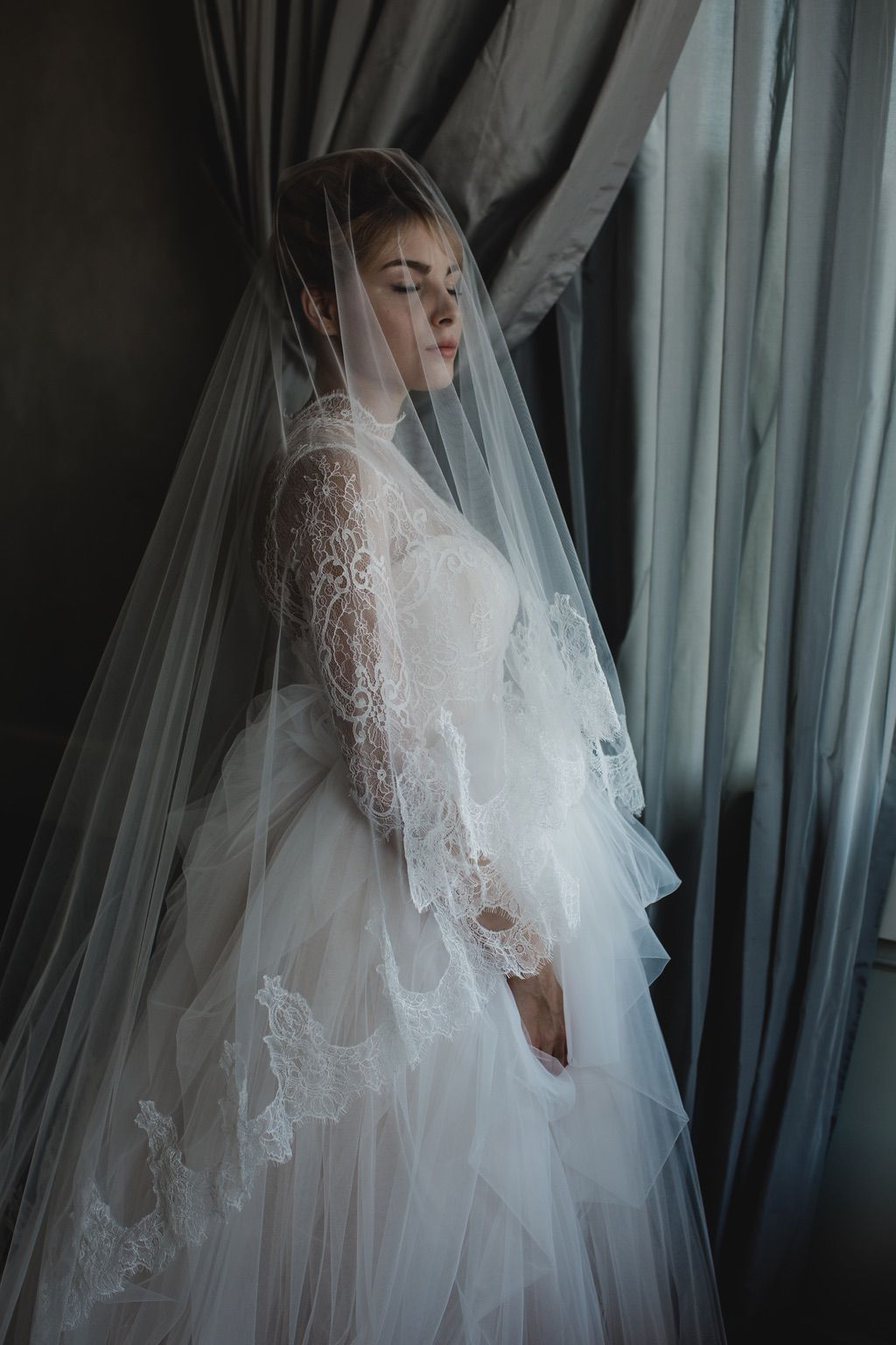 bridal tulle and lace ball gown wedding dress long lace veil in Firenze