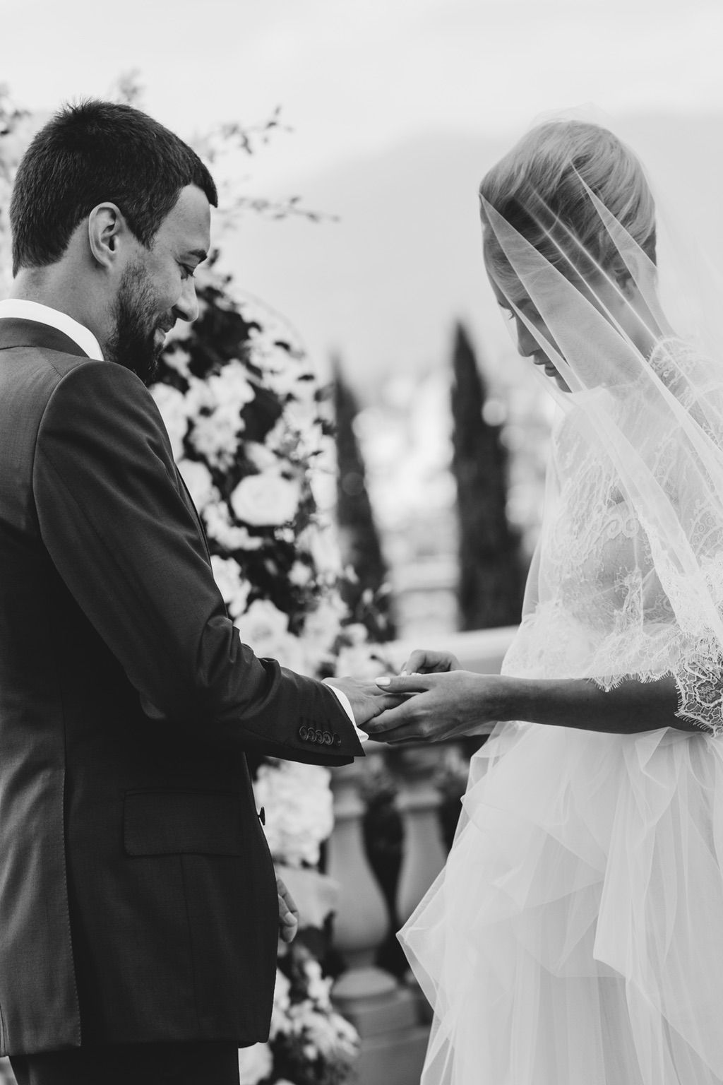 bride and groom ring exchange in Villa Vedetta Florence Italy