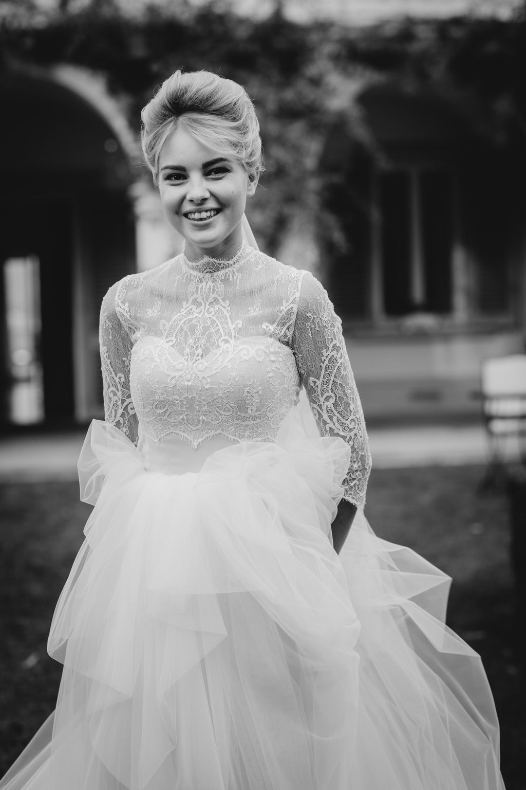 black and white bridal portrait real wedding in Firenze Italy