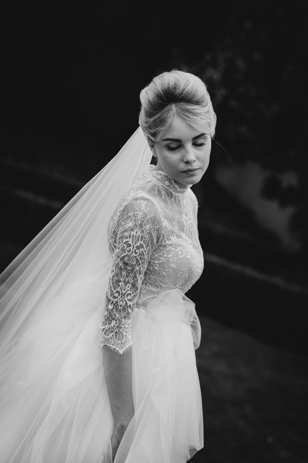 long veil tulle and lace ball gown wedding dress real wedding in Firenze