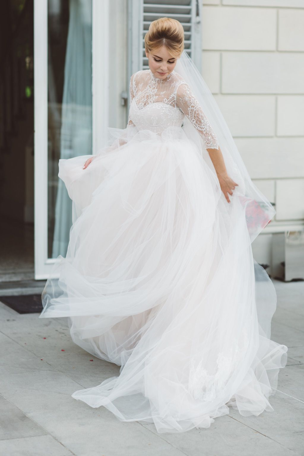 bridal tulle and lace ball gown wedding dress real wedding in Firenze