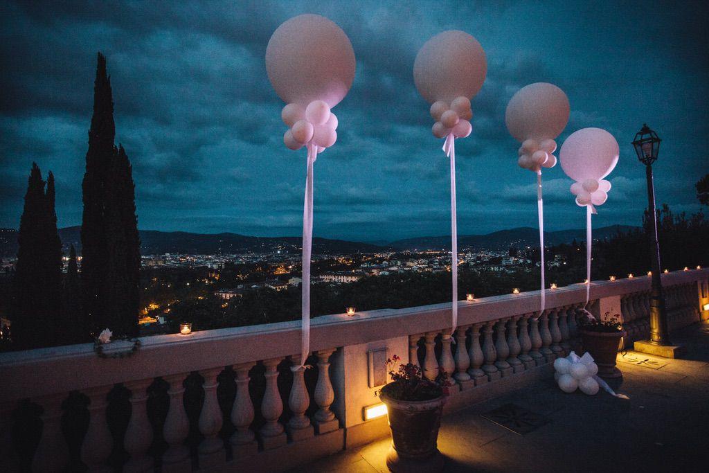 wedding balloon decoration villa Vedetta Firenze Italy